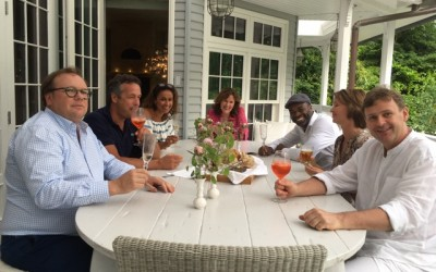 LINDA.foundation-veiling: Ramon Beuk kookt voor vriendengroep