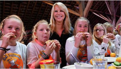 Linda de Mol opent Nationaal Schoolontbijt