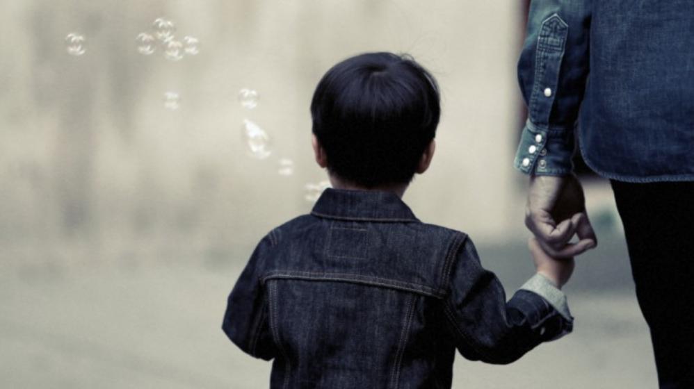 'Concrete maatregelen nodig tegen armoede Nederlandse kinderen'