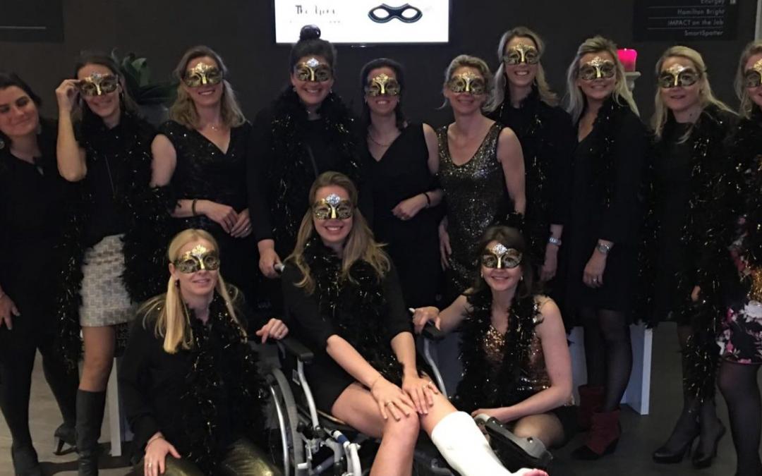 Ladies' Circle 't Gooi danst (gemaskerd) voor LINDA.foundation