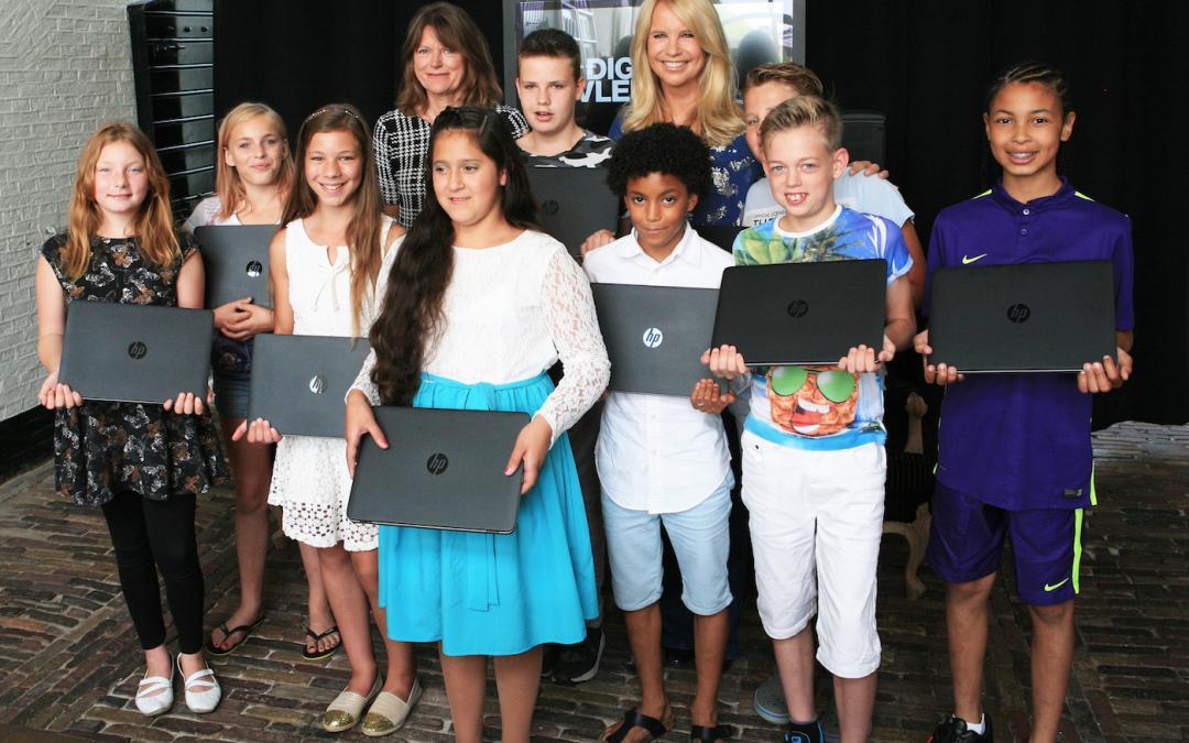 Typetopia leert kinderen van het project 'Digitale Vleugels' gratis typen